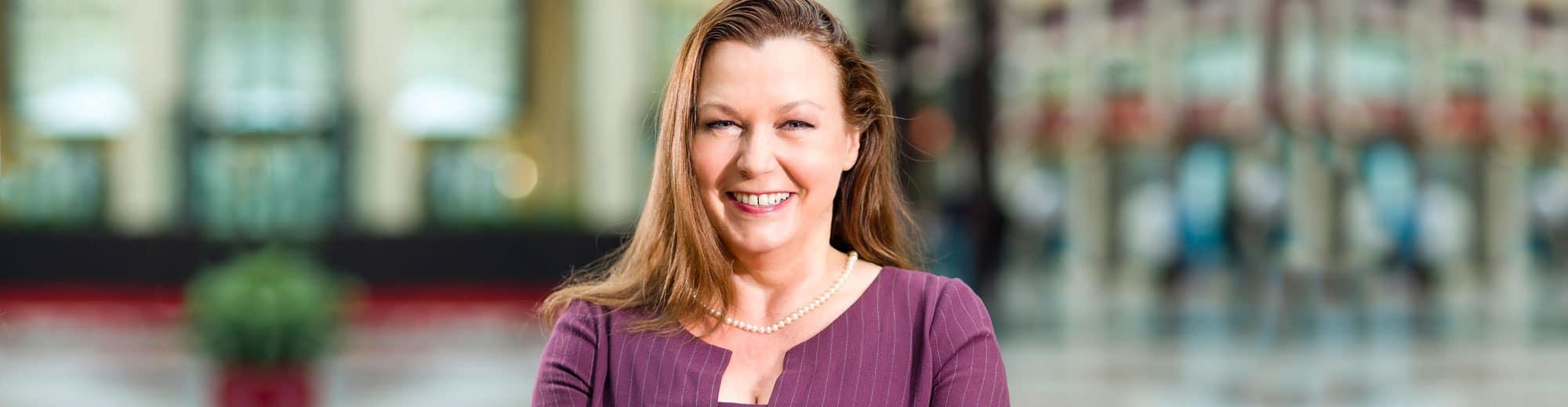 Moderatorin Podiumsdiskussionen anspruchsvolle Events Business Moderation Talkrunden Kongresse Ilona Lindenau Frankfurt